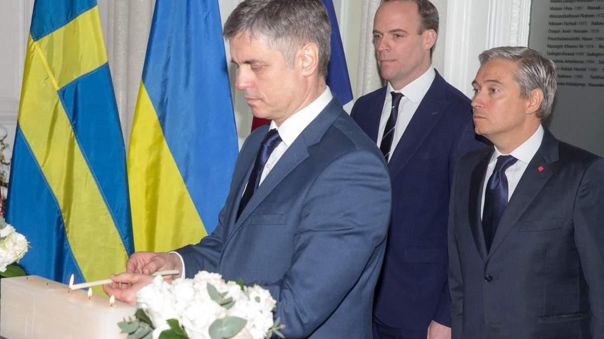 В Лондоне завершились переговоры глав МИД Канады и Украины относительно авиакатастрофы МАУ
