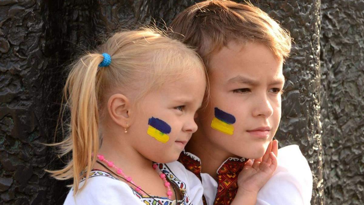 Русский язык в Украине: Кремль переживает за русскоязычных детей