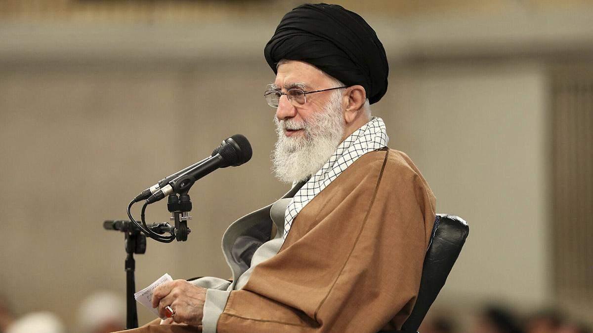 Авіакатастрофа МАУ: Алі Хаменеї захистив військових, які збили літак