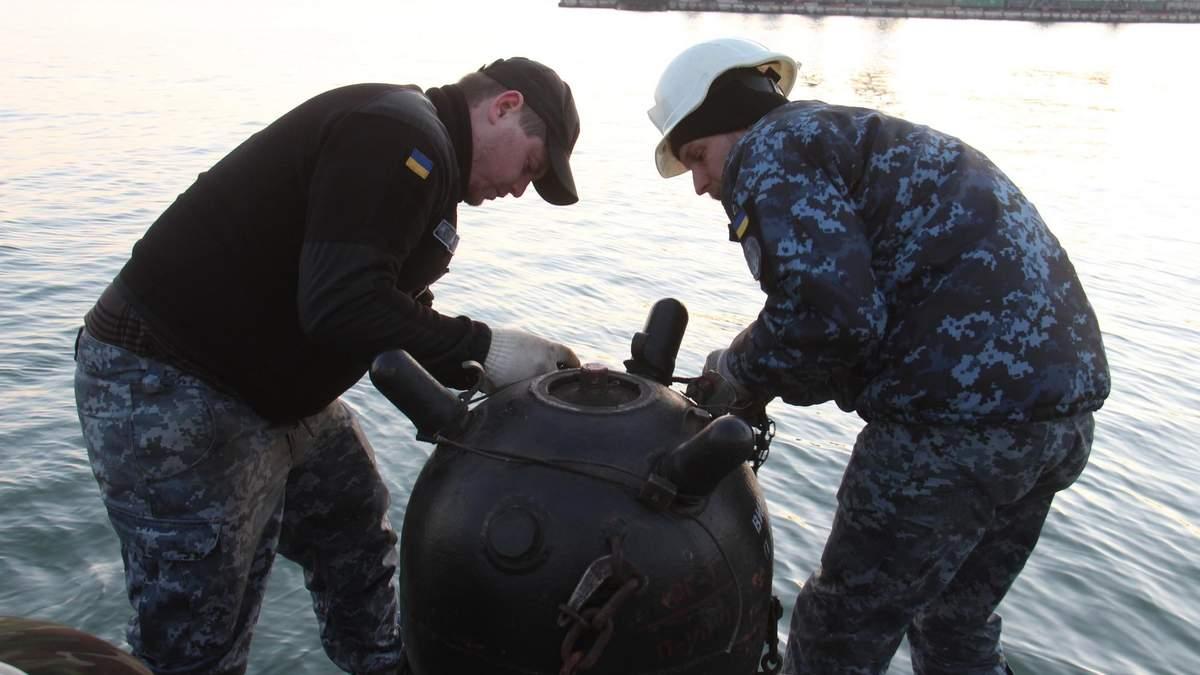Військові провели навчання з мінування ділянки Азовського моря: фото