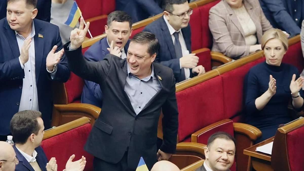 Роман Иванисов пришел в Раду 14 января впервые за полтора месяца