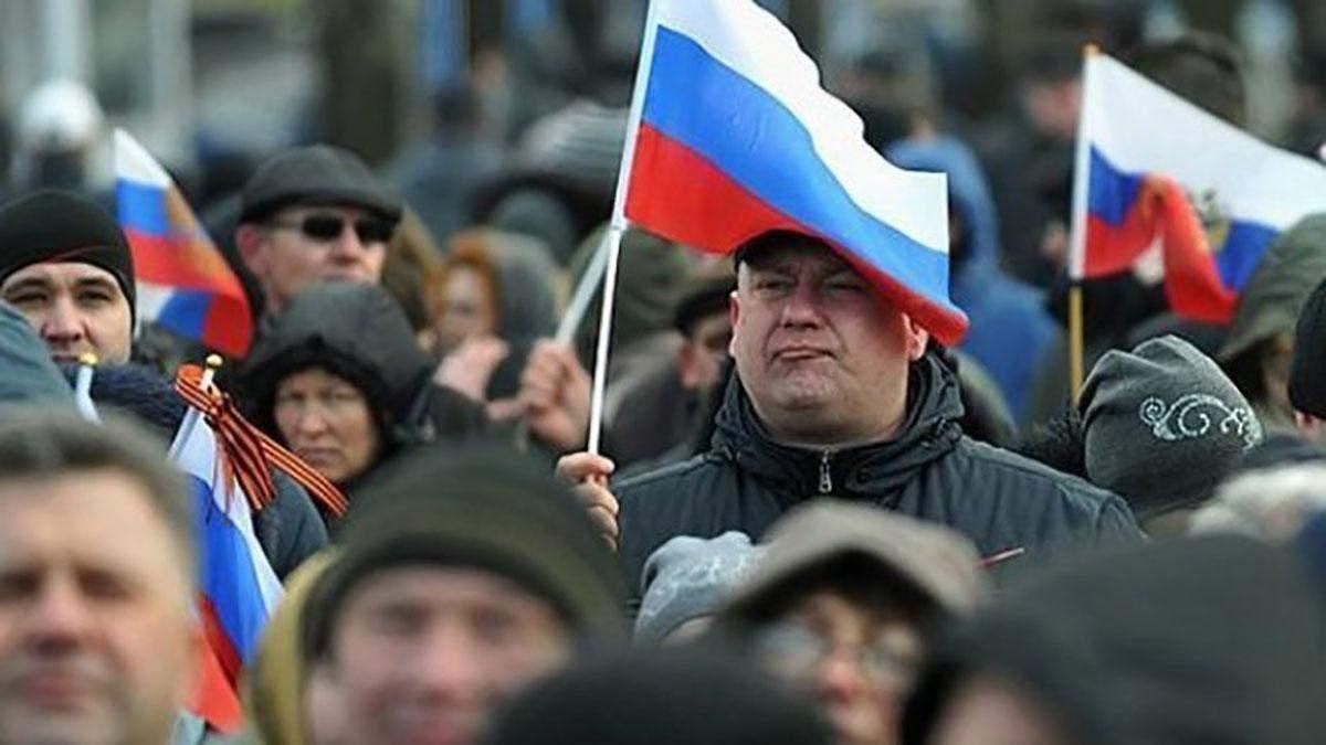 Більшість росіян почувають себе вільними і вважають, що в країні є політв'язні
