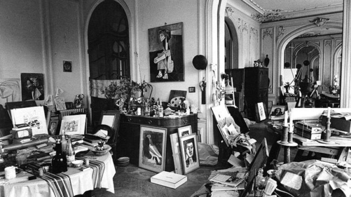 Картины известного художника подделывают уже не впервые