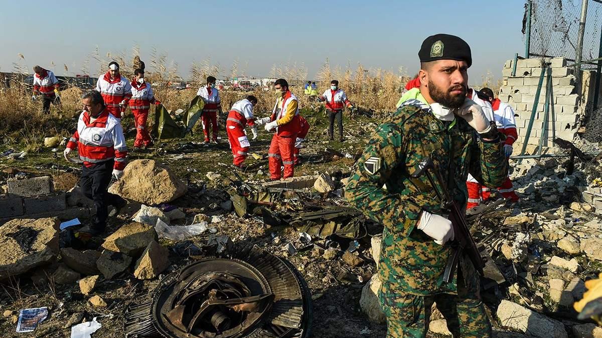 Авіакатастрофа МАУ над Тегераном - Іран просить обладнання для чорних скриньок