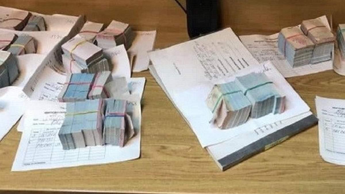 Чиновники у Чернівцях привласнили мільйони, призначені на компенсації пільгового проїзду: фото