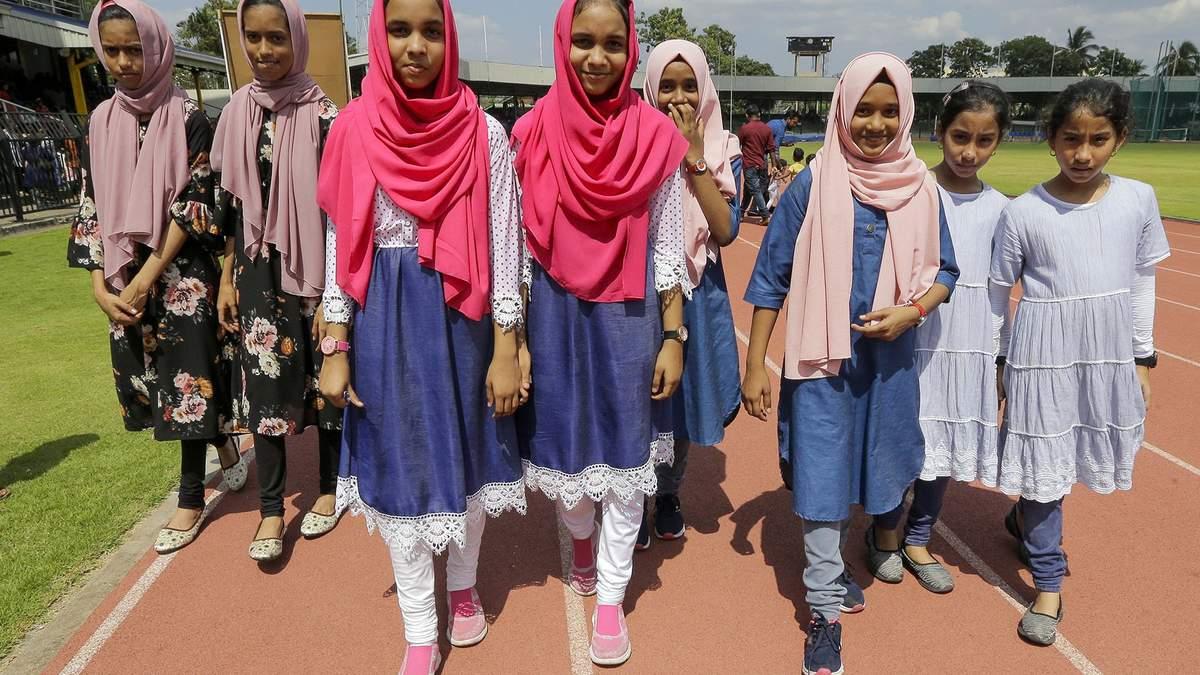 5 тысяч близнецов на Шри-Ланке пытались установить мировой рекорд: яркие фото