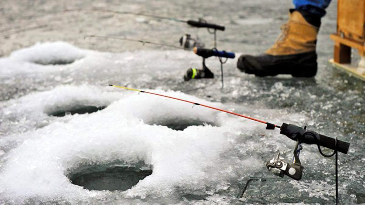 Льдина с 300 рыбаками оторвалась от берега