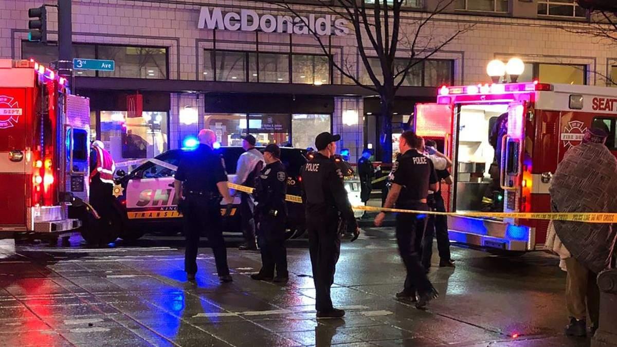 В центре Сиэтла (США) неизвестный открыл огонь: 1 погибший, не менее 6 раненых, в том числе ребенок