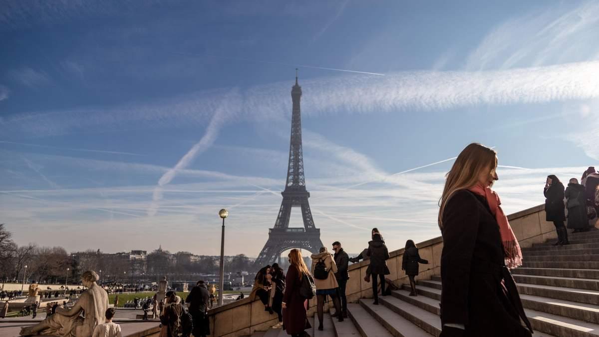 Ейфелеву вежу закрили для туристів: причина