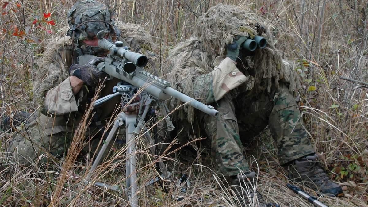 На Донбасі снайпер бойовиків поранив бійця ЗСУ
