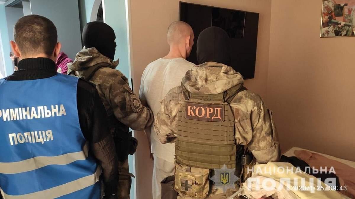 Убийство адвоката Иванова возле СИЗО Кропивницкого: полиция задержала подозреваемых – фото
