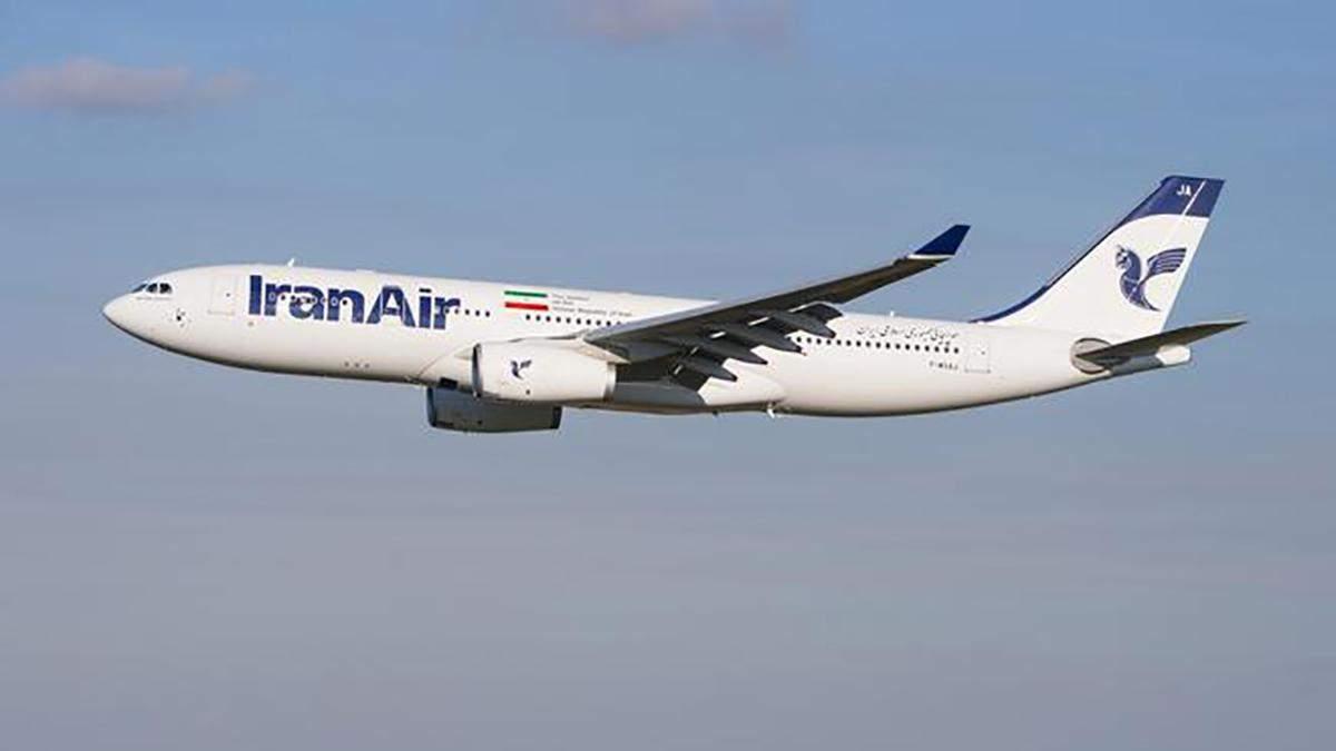 В аеропорту Тегерана літак здійснив аварійну посадку