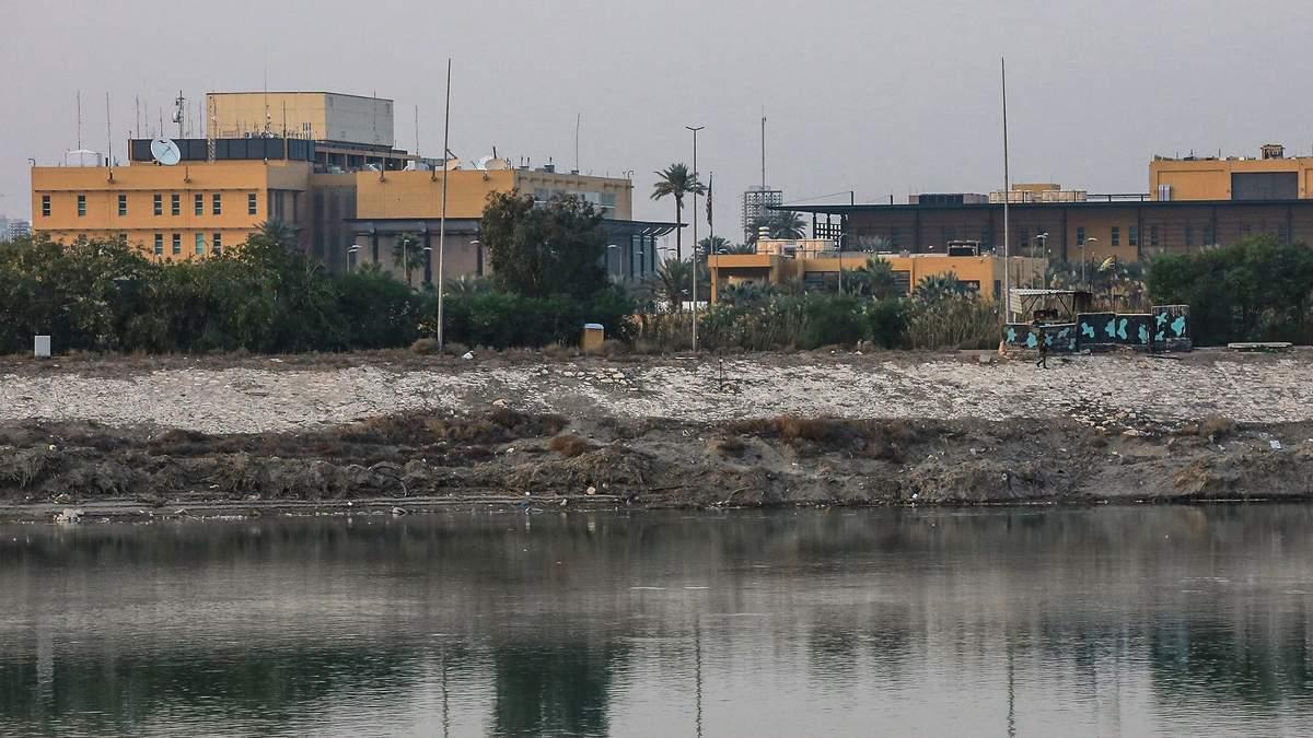 """Посольство США в """"зеленой зоне"""" Багдада"""