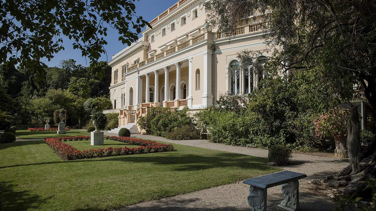 Ахметов купил особняк Villa Les Cedres, недвижимость Ахметова: фото