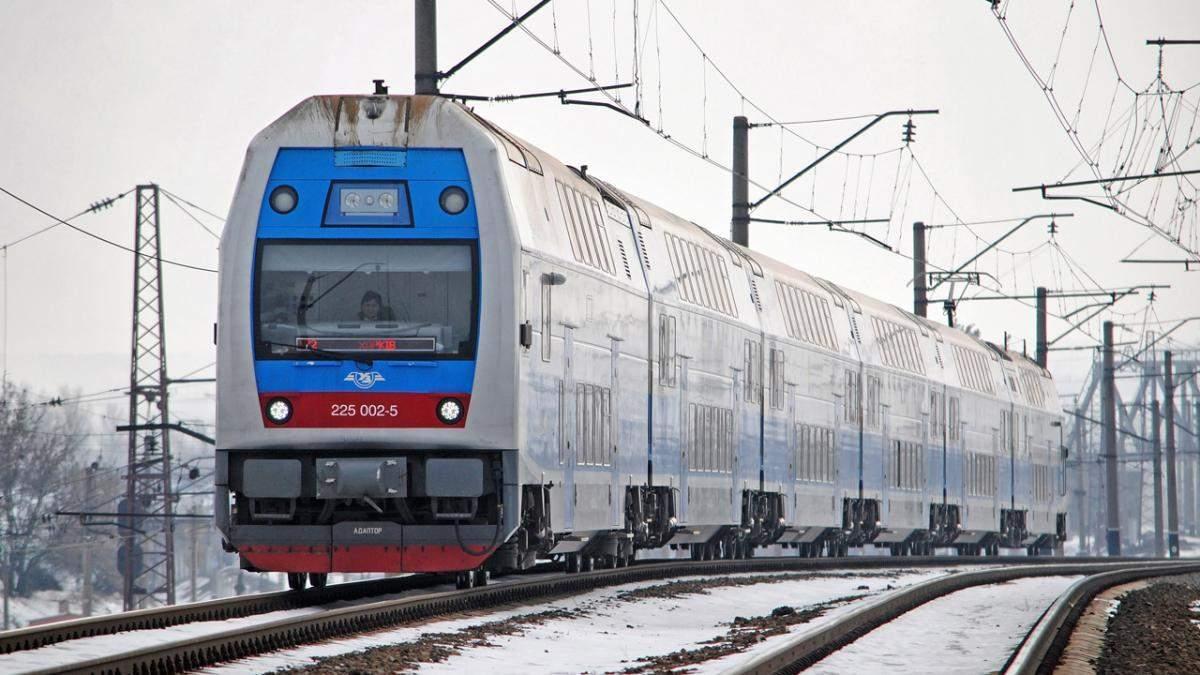 Укрзализныця отремонтирует двухэтажные поезда Skoda собственными силами