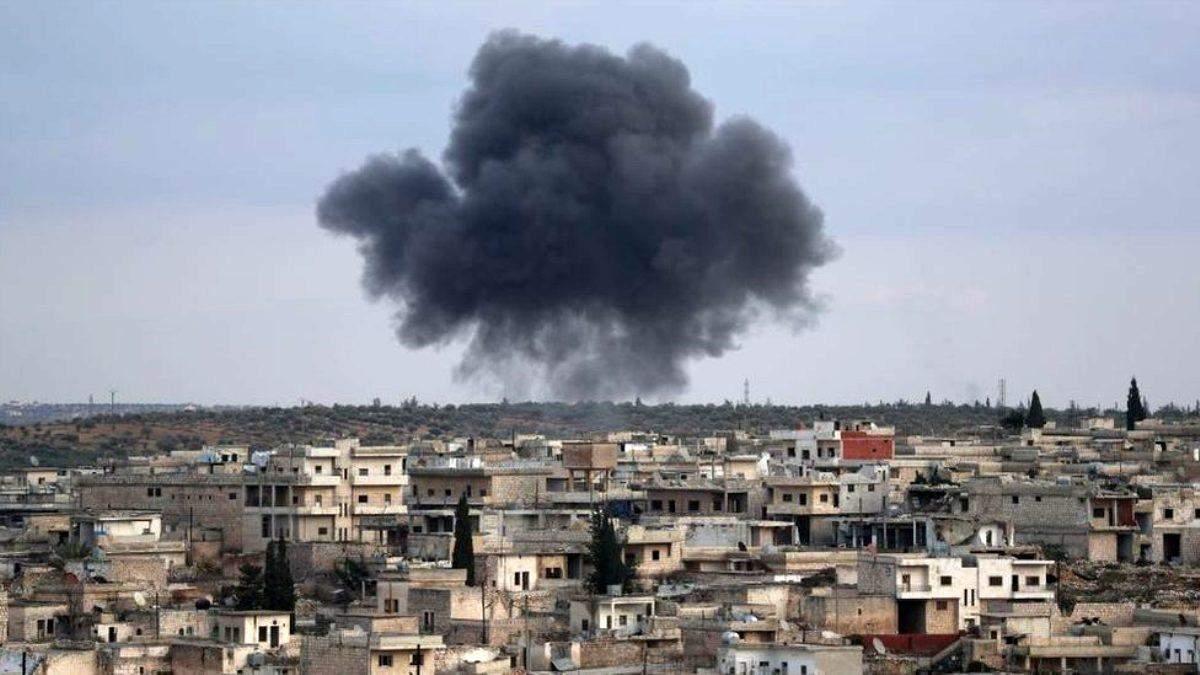 Российские войска нанесли авиаудар по пекарне и больнице в Идлибе: 10 погибших, 37 раненых