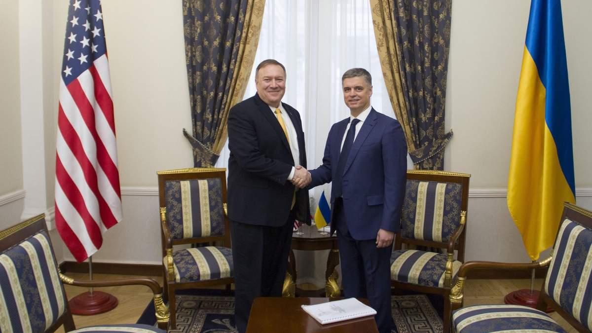 Помпео в Україні – про що говорили із главою МЗС Вадимом Пристайком