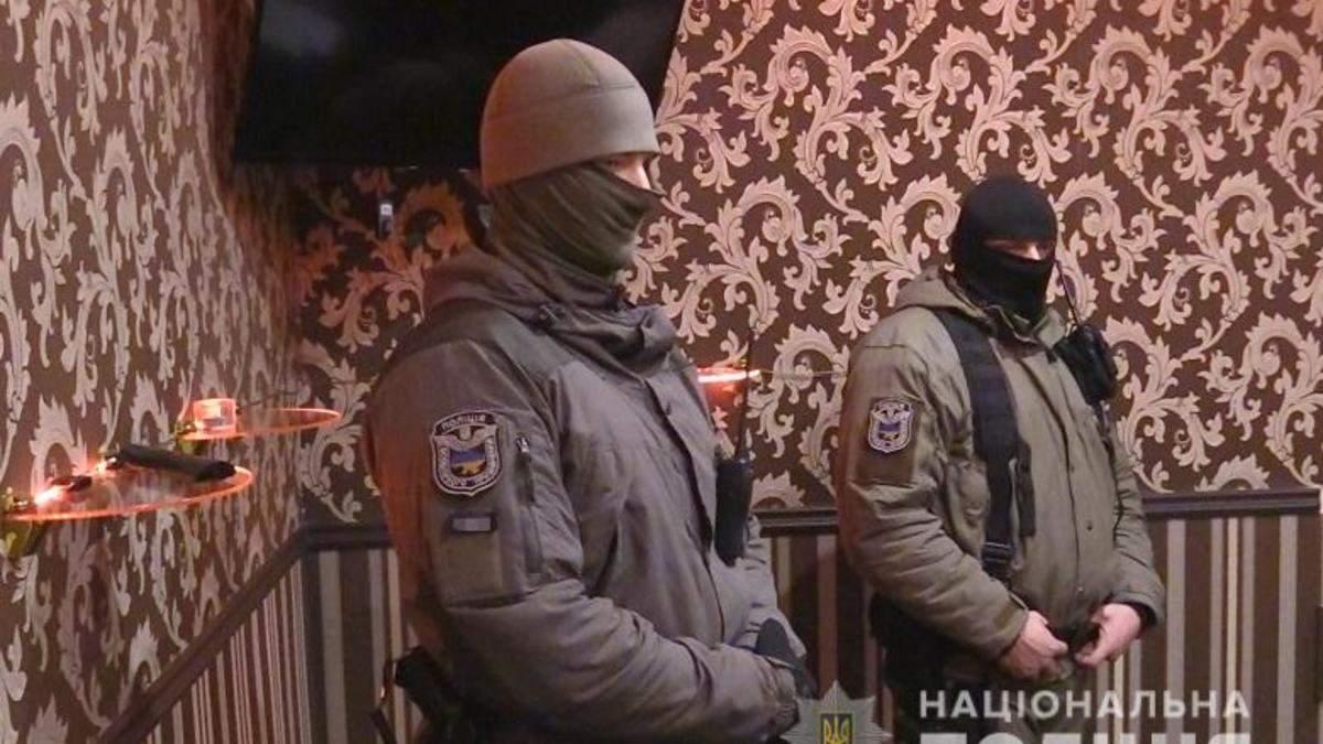 Столичні правоохоронці виявили мережу борделів, організатори заробили 17 мільйонів гривень