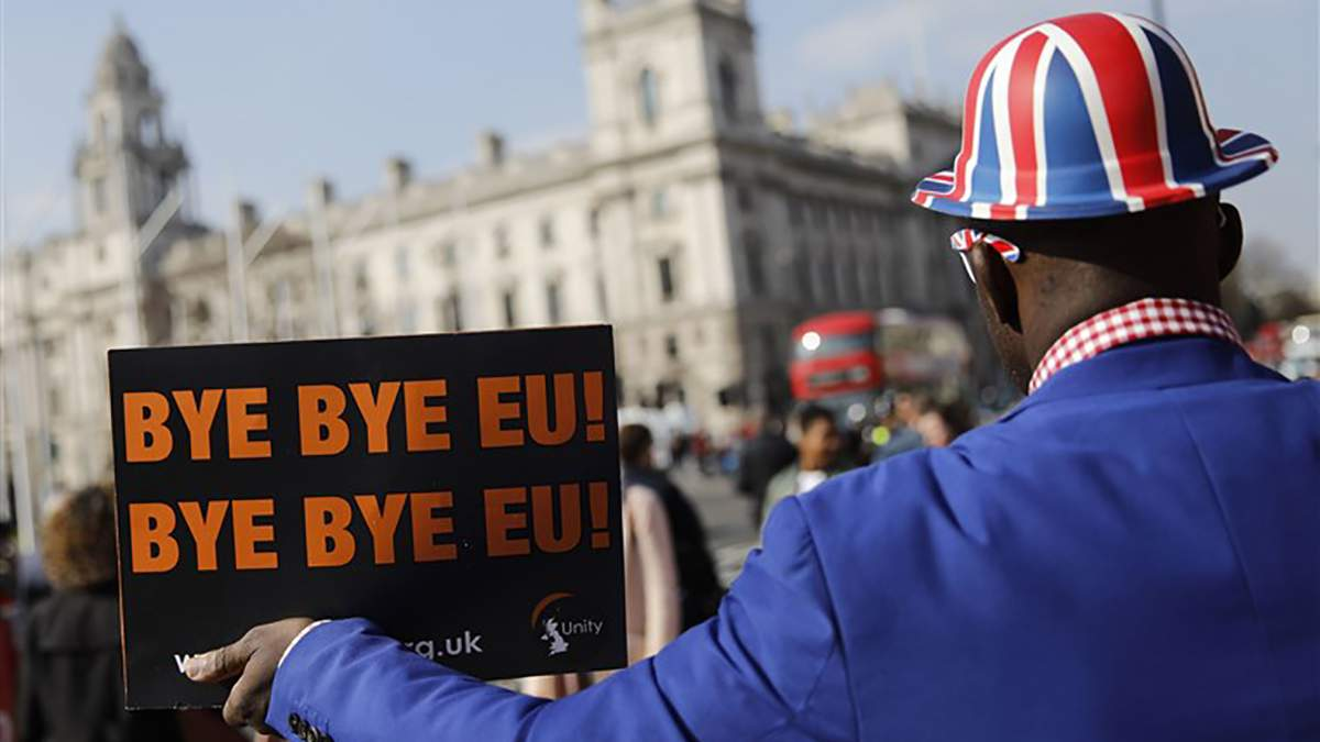 Перші дні після Brexit: як жителі монархії оговтуються після історичного рішення
