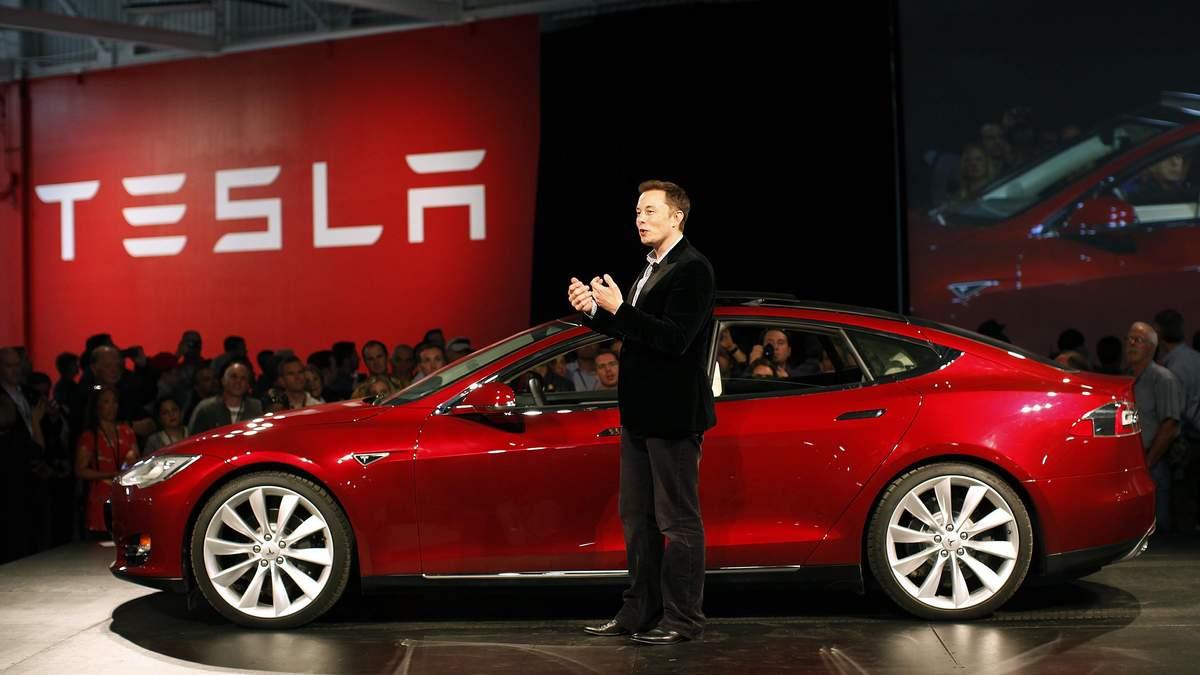 Акции Tesla выросли