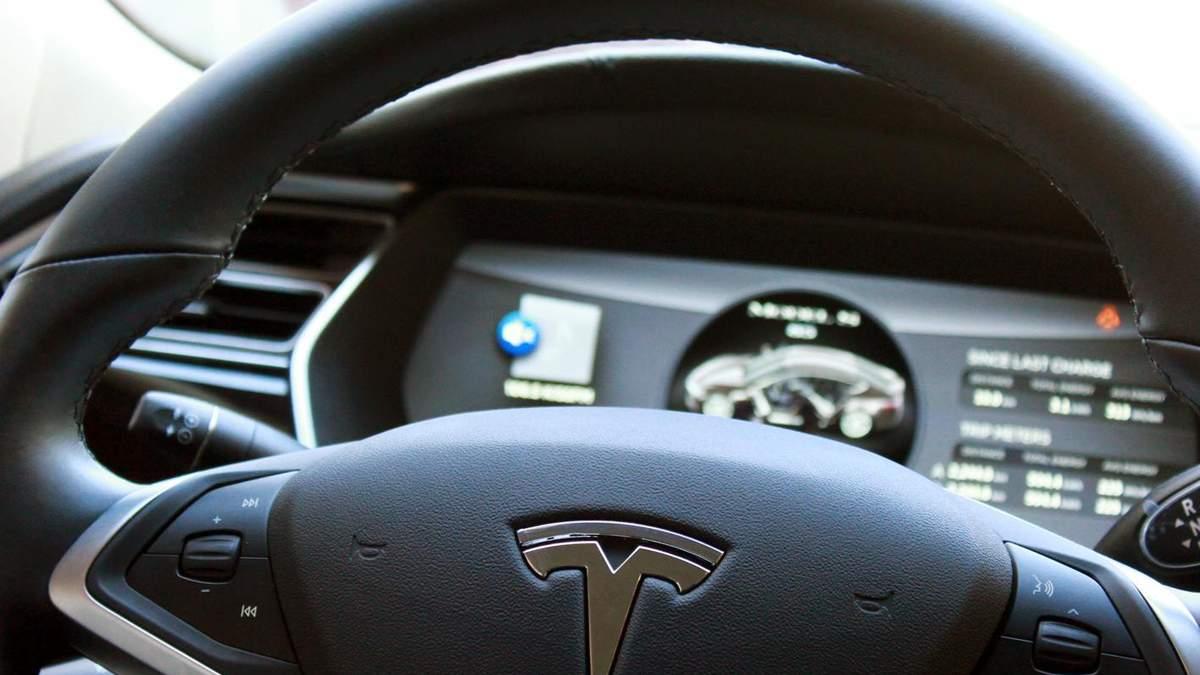 Чи впадуть акції Tesla