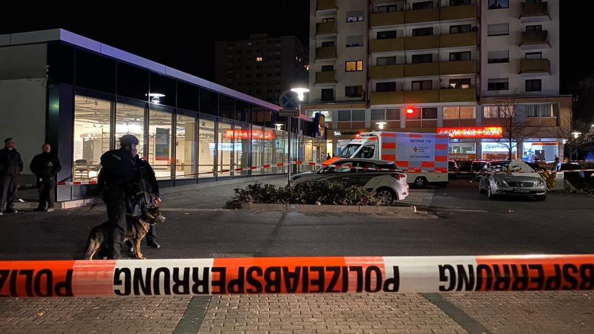 В немецком городе Ханау расстреляли людей в нескольких кальянных, много жертв: фото и видео