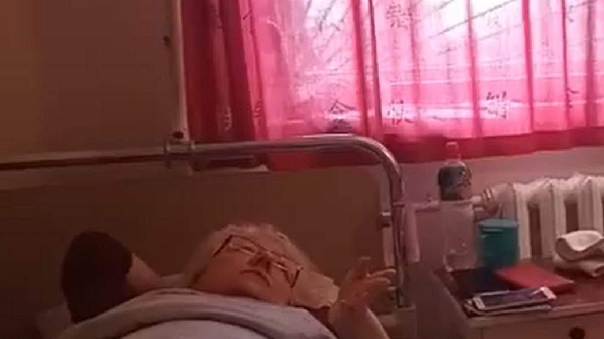 На пассажирку поезда Киев – Бердянск упала полка с другим пассажиром