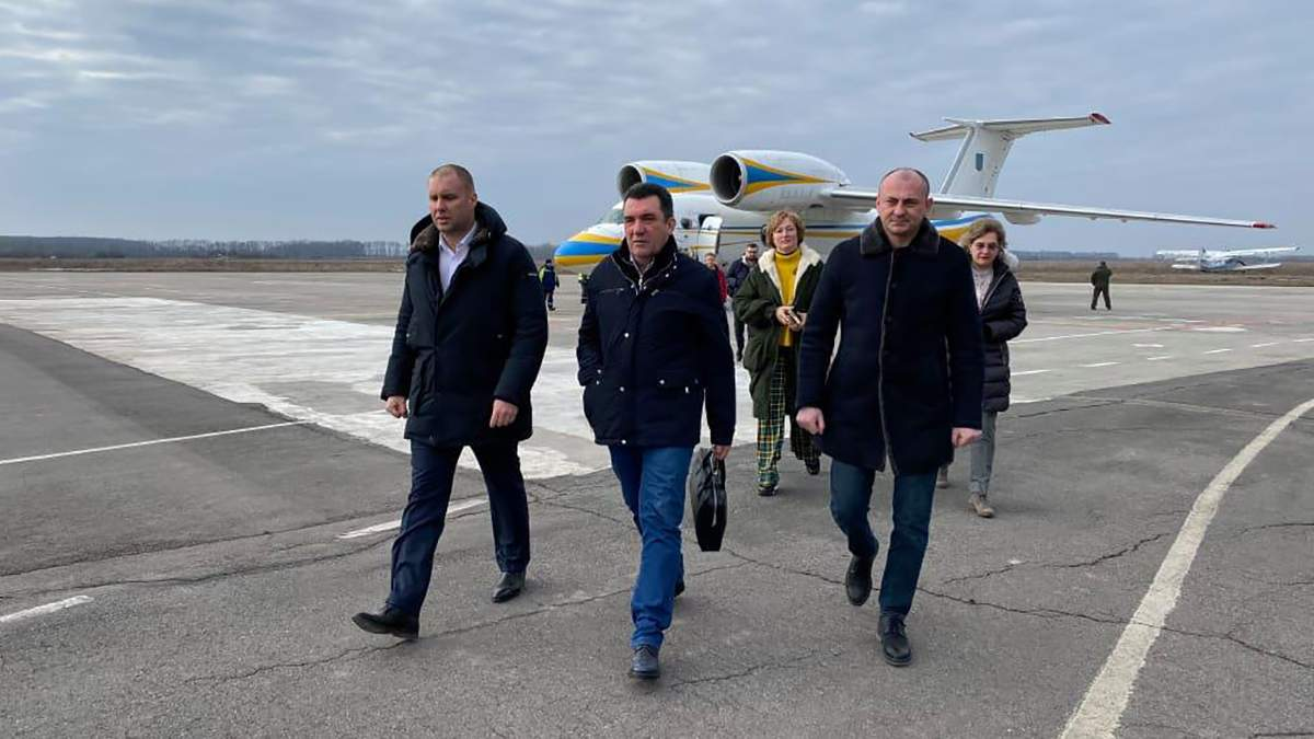 Протести у Нових Санжарах – туди їде секретар РНБО Данілов