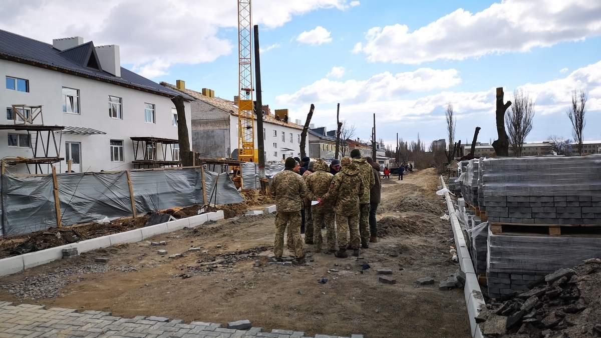 Непогода повредила крышу казармы в Николаеве: Минобороны назначило служебную проверку за некачественный ремонт (иллюстративное фото)