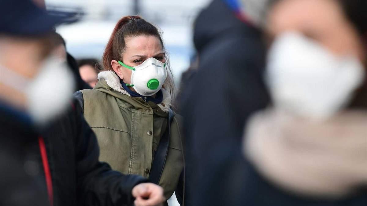 Спалах коронавірусу в Італії: їхати чи відміняти відпустку?