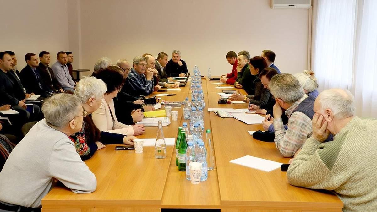 Розслідування справ Майдану: ДБР щомісяця звітуватиме на зустрічах з родинами Небесної Сотні