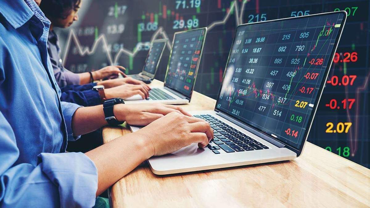 Как коронавирус повлиял на биржевые индексы и акции техкомпаний