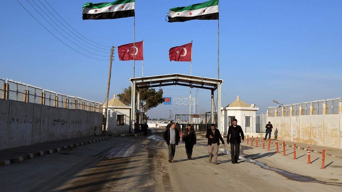 Через напад Росії Туреччина відкриває кордон для біженців із Сирії