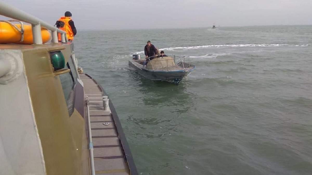 Захоплені Росією в Азовському морі рибалки повернулися в Україну: фото