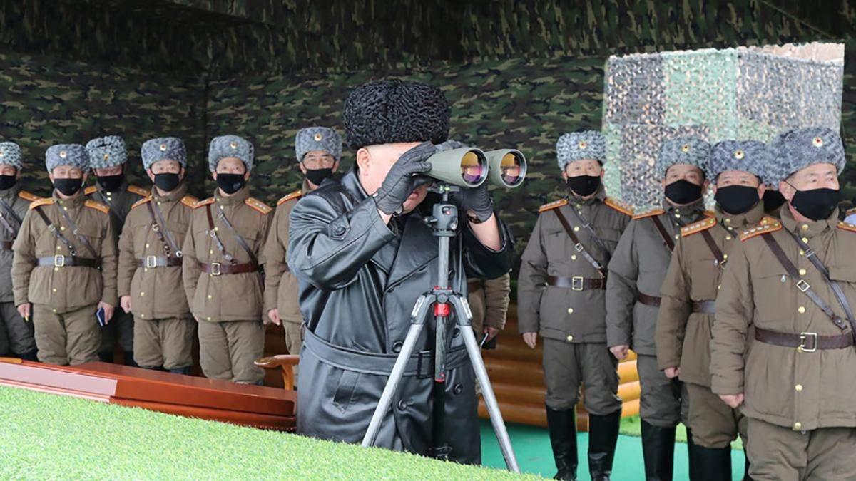 Ким Чен Ын руководил учениями лично