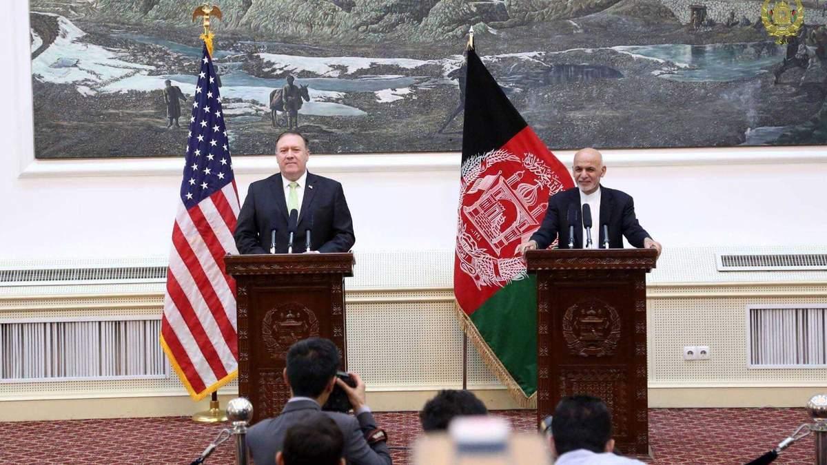 Госсекретарь США Майк Помпео и президент Афганистана Ашраф Гани