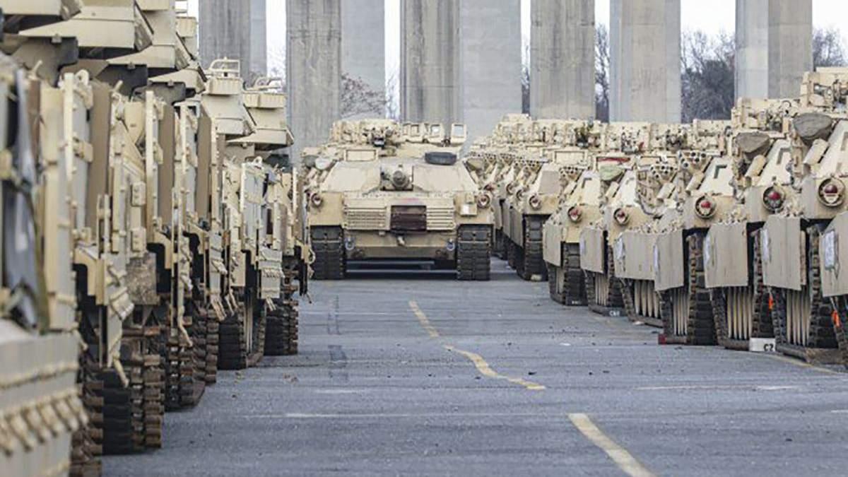 Американские военные прибыли в Европу на военные учения