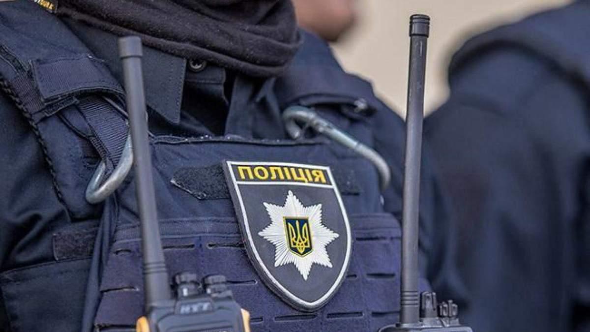 Тіло жінки знайшли у колекторі: поліція затримала двох підозрюваних (18+)