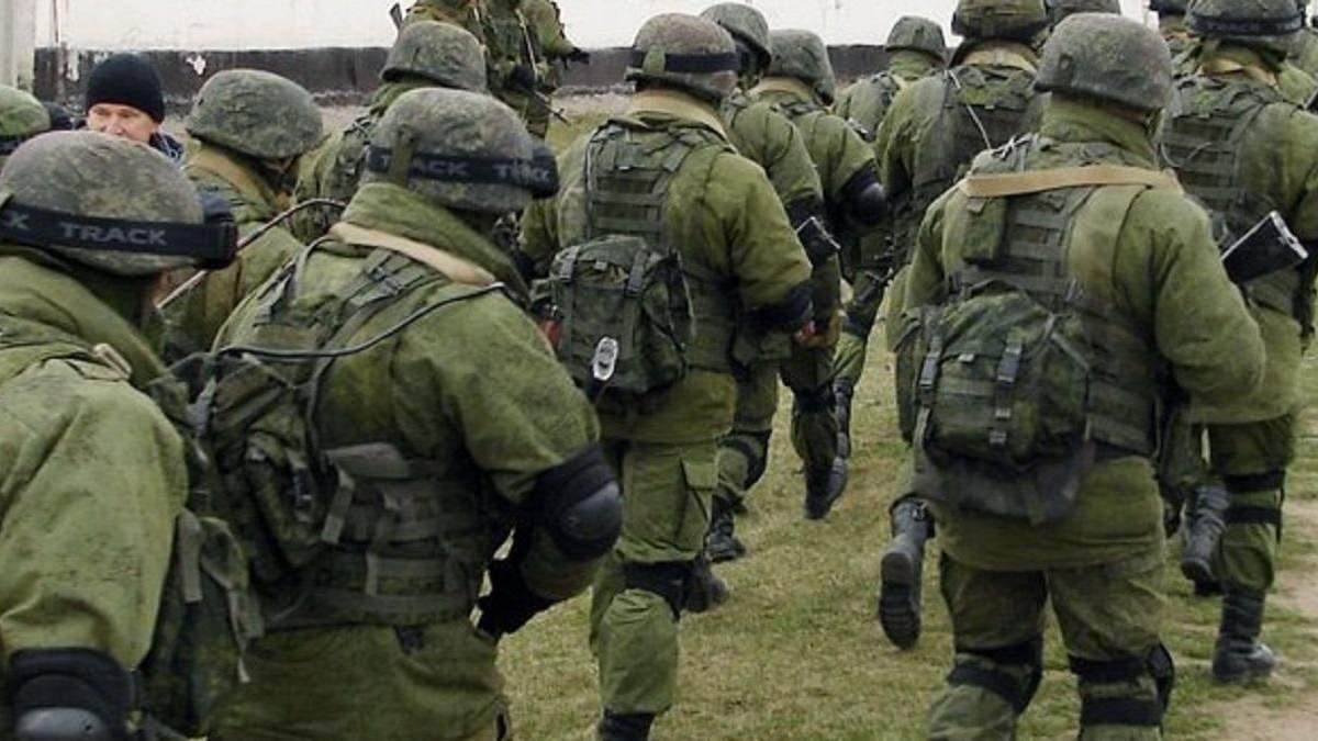 Россия завершает формирование двух армий возле границы с Украиной, – разведка