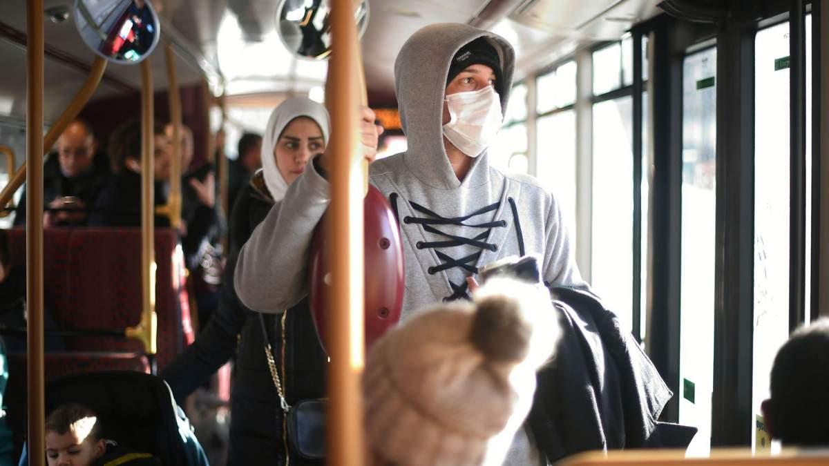 У Чернівцях госпіталізували чотирьох осіб із підозрою на коронавірус