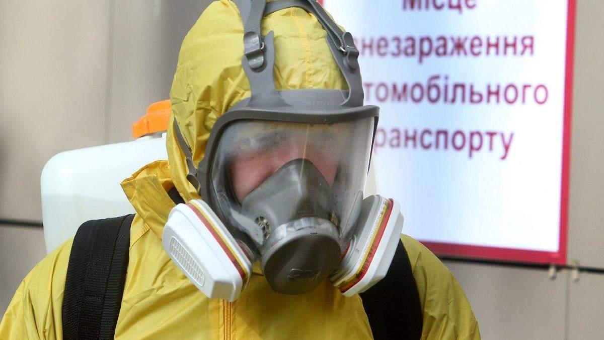 У чоловіка, з незаконно отриманим російським паспортом, підозрюють коронавірус
