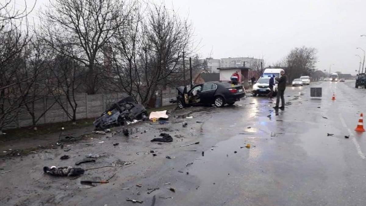 На Житомирщині зіткнулися автомобілі: 4 людини загинули