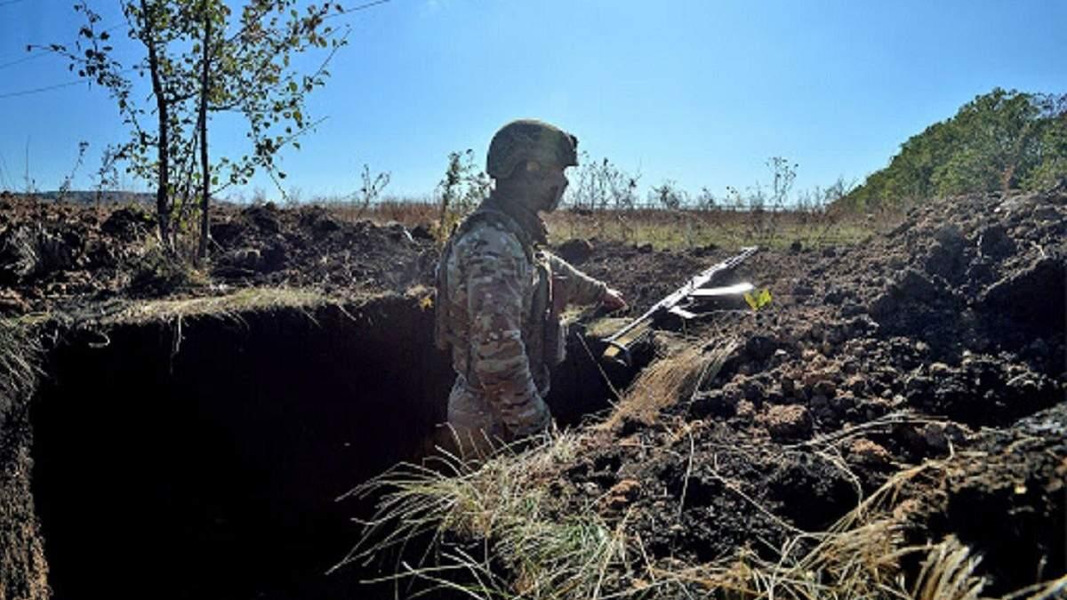 Протягом 11 березня бойовики двічі обстріляли позиції ОС на Донбасі, один боєць отримав поранення
