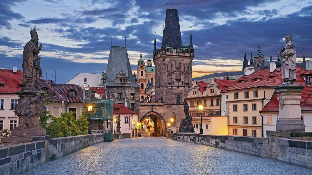 Чехія закриває кордони