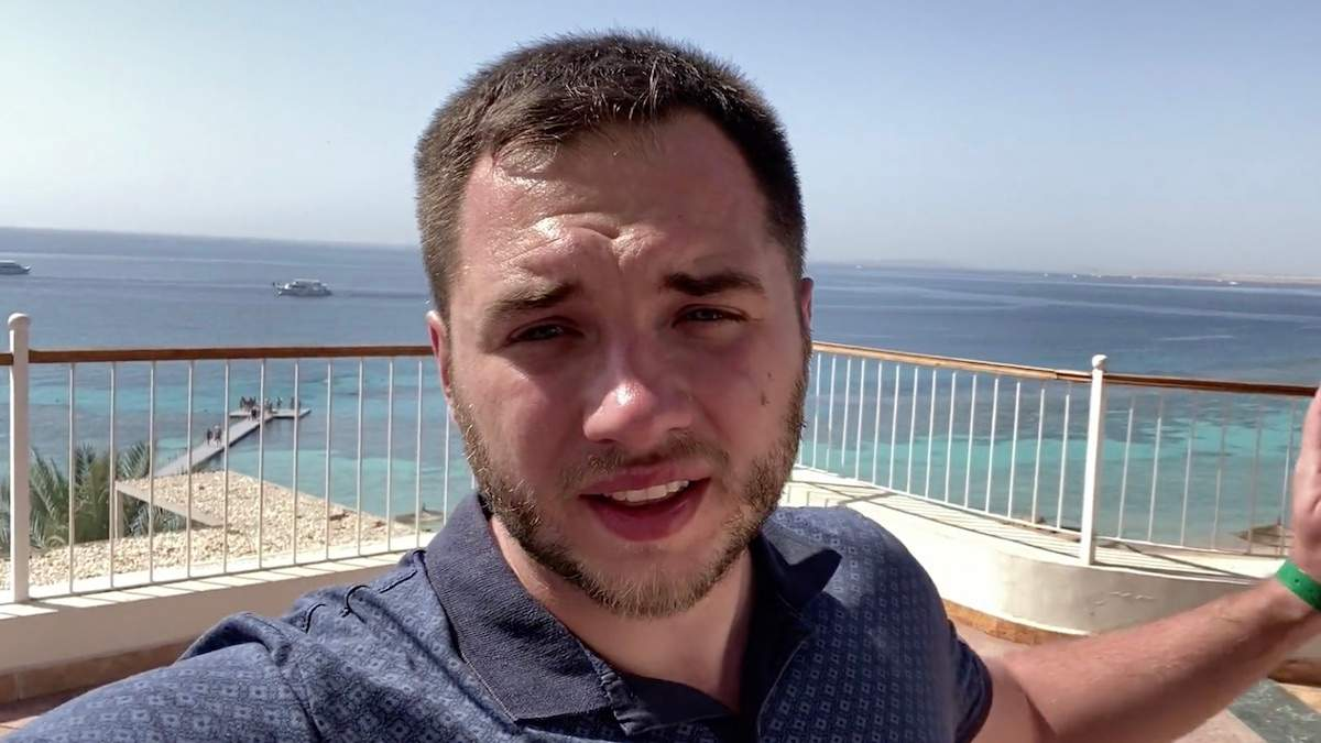 Вывезли всех, кроме украинцев, – турист о карантине в отеле Египта