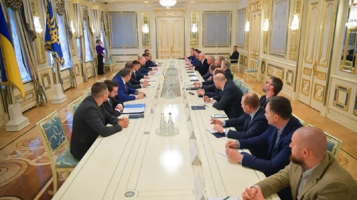 Коронавірус в Україні: бізнес та місцева влада створюють обласні антикризові штаби