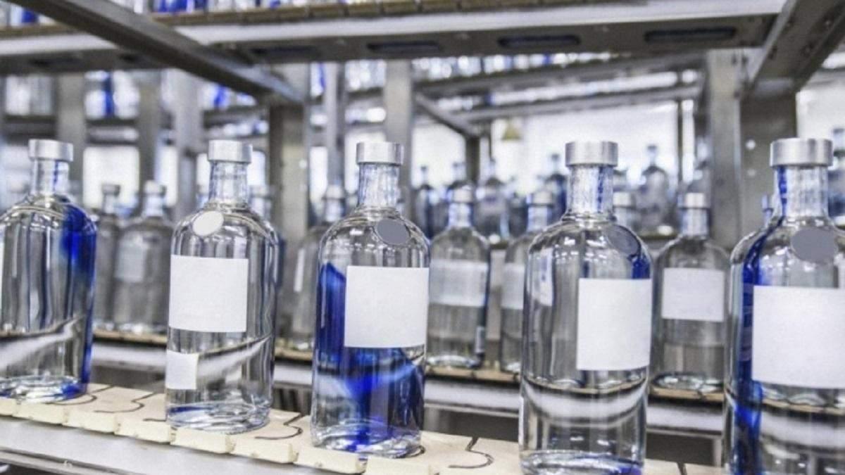 Під час епідемії коронавірусу в Україні посилено виготовлятимуть медичний спирт