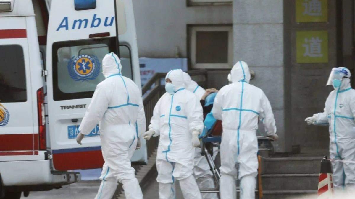 Двоє людей лікувалися самостійно від коронавірусу