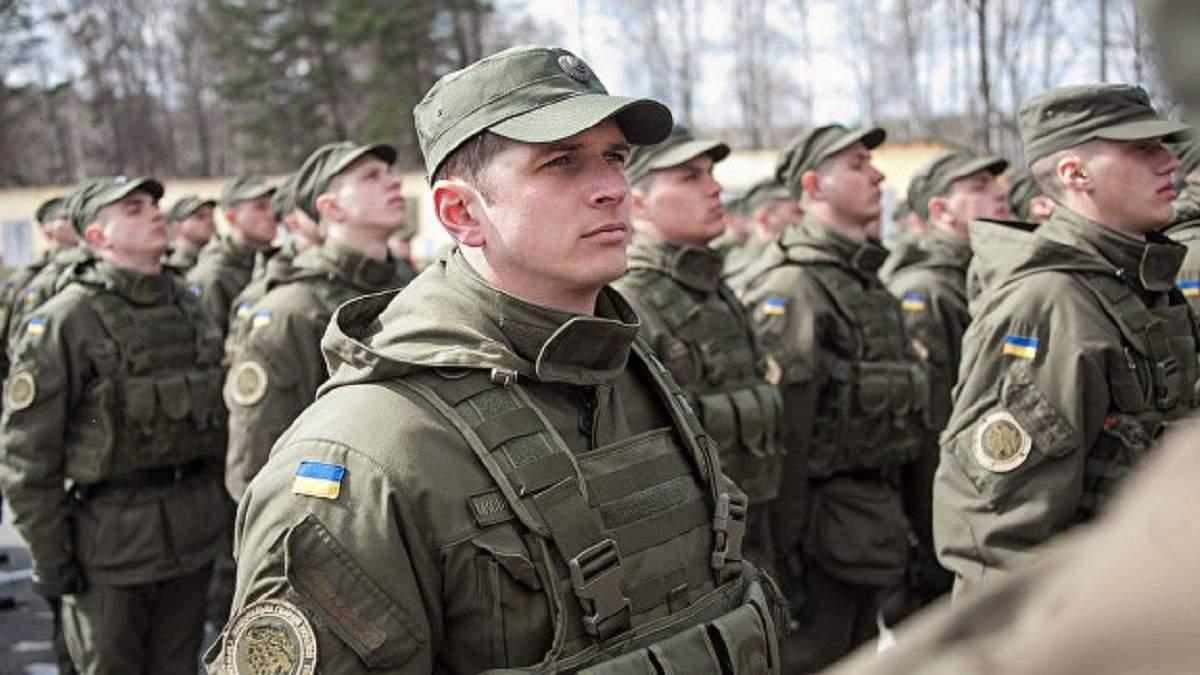 Радник Авакова заявив про необхідність запровадити надзвичайний стан в Україні