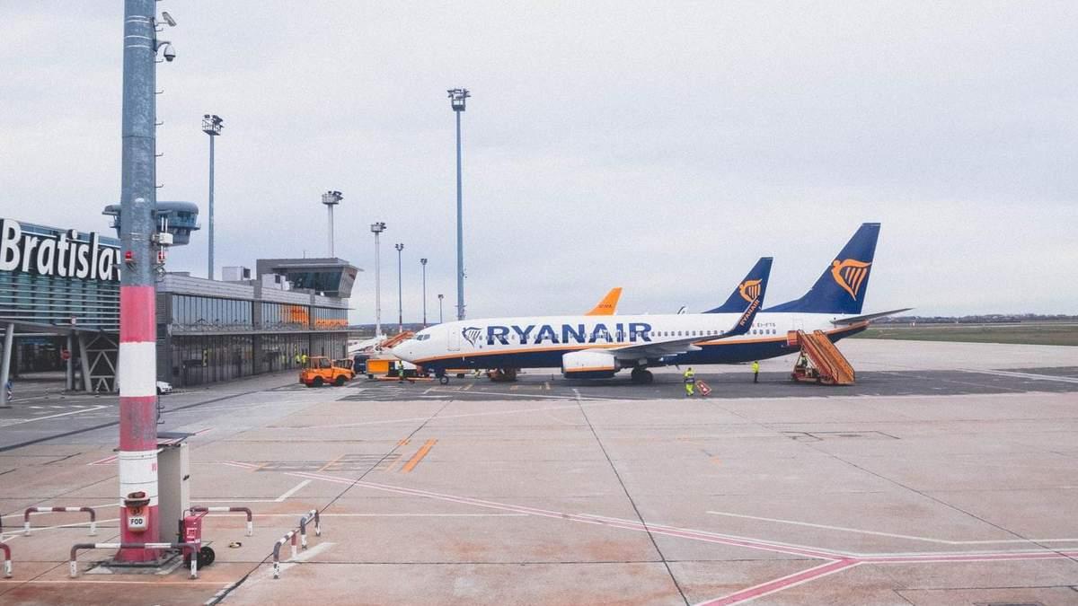 Ryanair не планирует возобновлять рейсы в апреле и мае